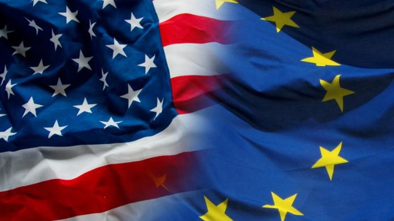 EU-USA-FLAG-MONTAGE