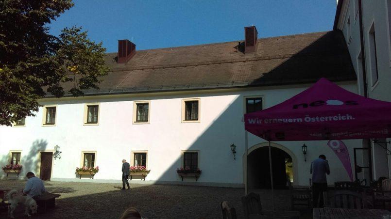 NEOSlab Summer School - Das Schloss