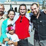 f.l.t.r: Rene, Valeriia, Dominika, gizmo, lux