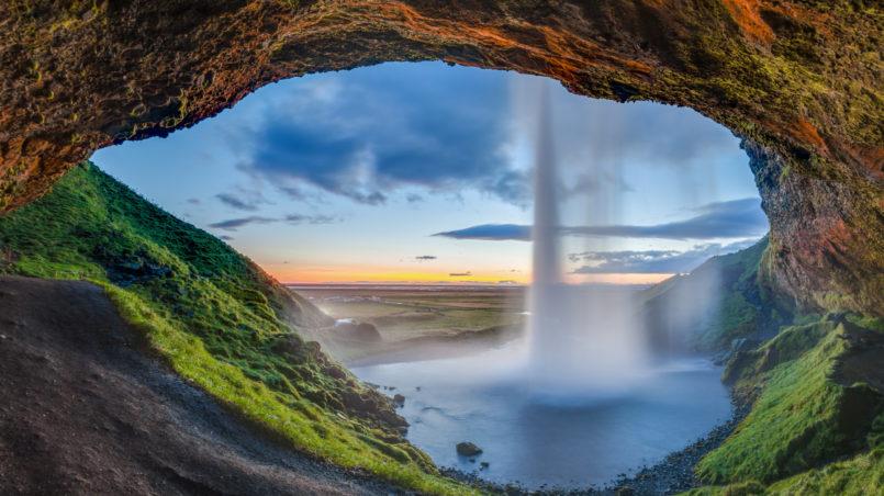 Diego-Delso-Seljalandsfoss Wasserfall in Island
