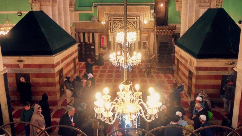 inside Ibrahimi mosque