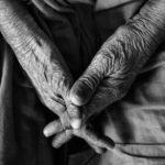 Warum hassen wir alte Menschen?