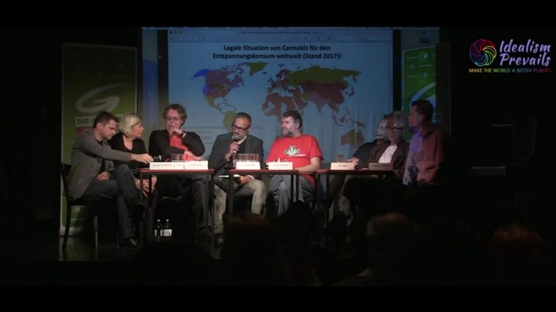 Titelbild-Diskussionsteilnehmer