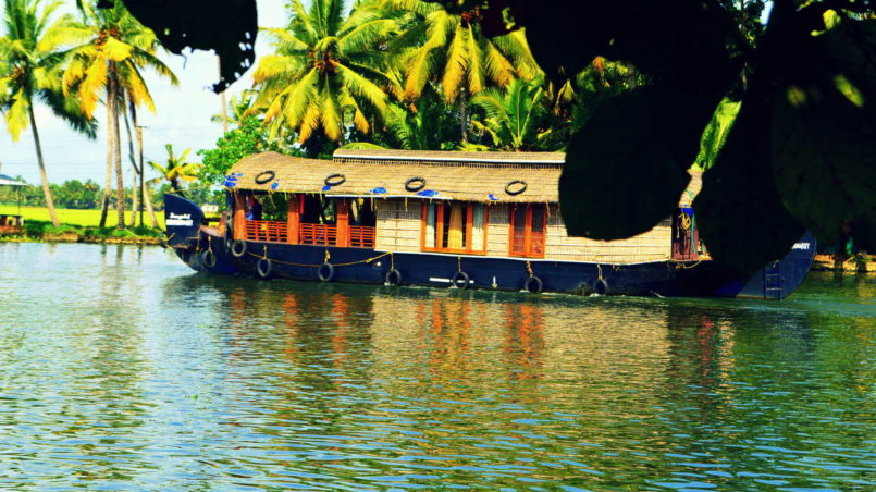 Houseboats ferrying across the backwaters