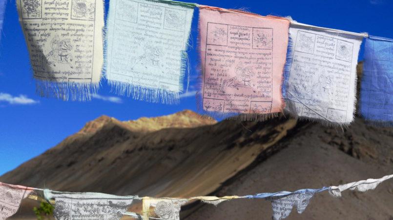 Gebetsfahnen in Ladakh