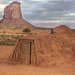 Navajo_Hogan,_Monument_Valley