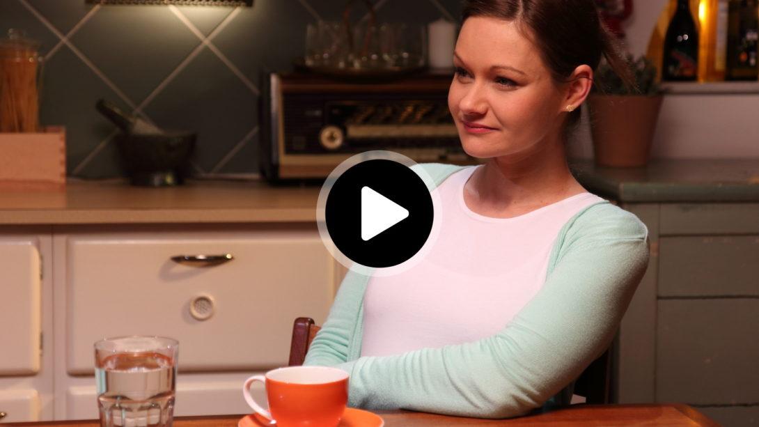 Videobild-Julia Szarvasy