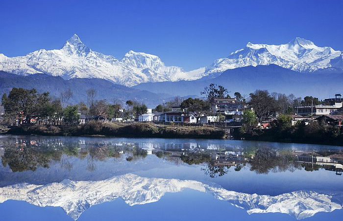 Fewa_Lake_of_Pokhara-