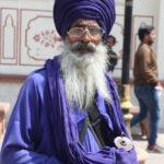 Sikh_devotee_2