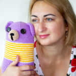 01_Julia-with-bear